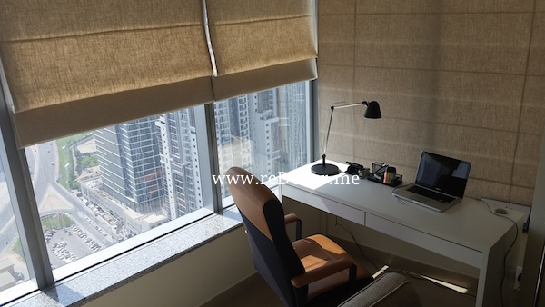 small office space decor in living area dubai