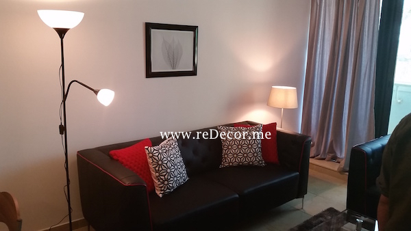 simple interior decor , black and red interiors