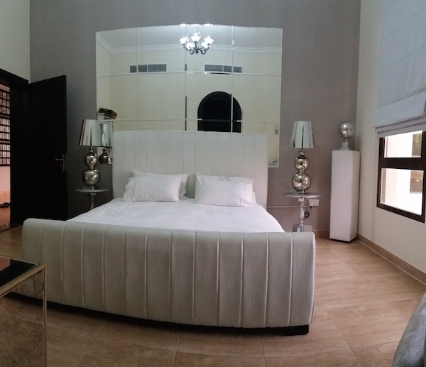 white room, guest room interior decor Dubai Barsha, mirror wall