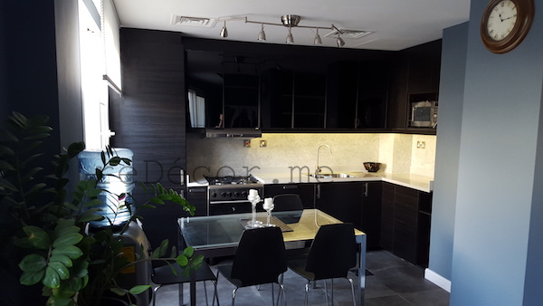 black modern sharp kitchen, remodelling Dubai, design and decor by Erika Pace, consultation