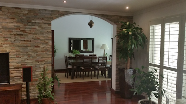 dining decor, living room decor, stone wall, entry, decorate hallway, entrance, traditional arabic modern living, decor, consultation dubai
