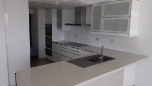 fitting new kitchen, kitchen fit out, dubai, design, remodelling, renovations, greens, fairways, modern kitchen